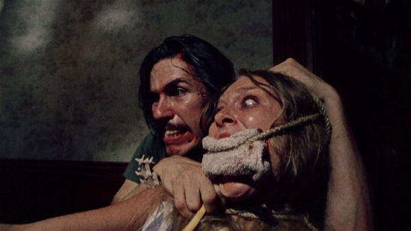 Những bộ phim kinh dị đáng sợ nhất do tạp chí điện ảnh bầu chọn (4)