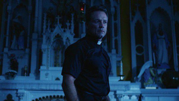 """Phim kinh dị """"Devil's Whisper: Lời thì thầm của quỷ"""" đạt 9,2 điểm IMDb (6)"""