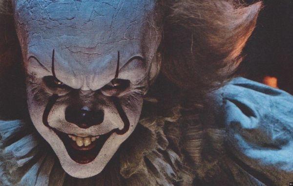 Sau tác phẩm kinh điển The Shining, đây là 10 bộ phim kinh dị cực hay (10)