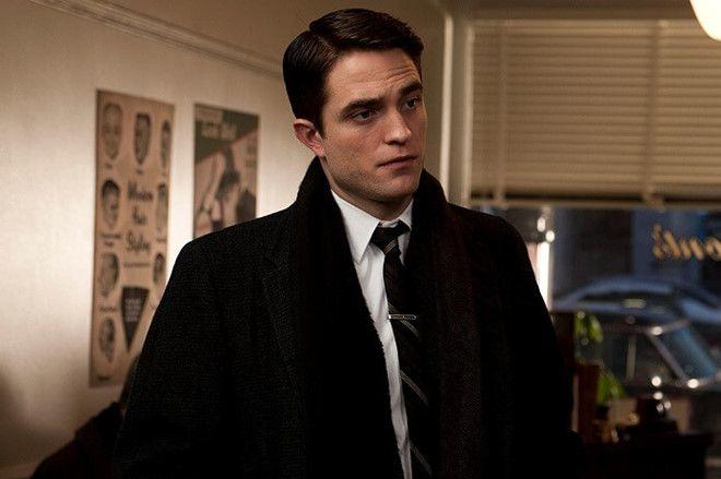 """HOT: Robert Pattinson đóng chính trong bộ phim kinh dị """"The Lighthouse"""" (1)"""