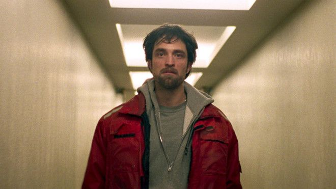 """HOT: Robert Pattinson đóng chính trong bộ phim kinh dị """"The Lighthouse"""" (2)"""